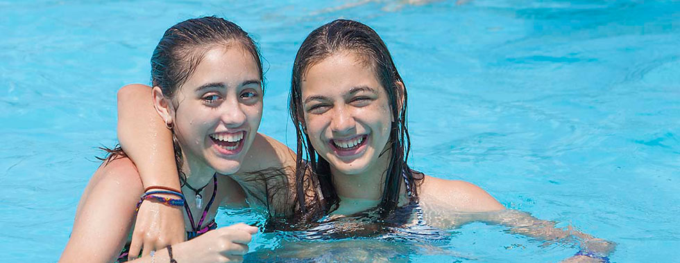 Campamentos de verano adventure and english